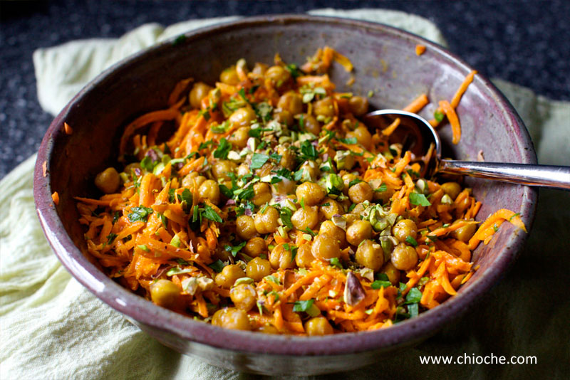 carrot-tahini-salad-4
