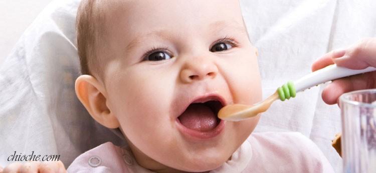 جدول غذای کودک از ۹ ماهگی الی یک سالگی