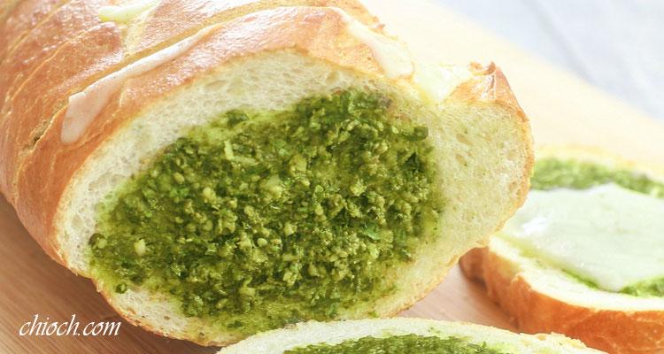 نان باگت پنیری با پسته و یا گردو